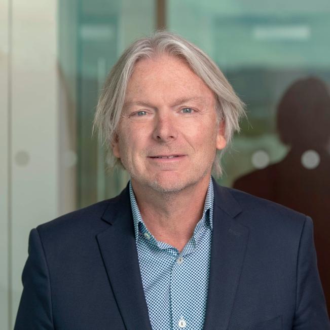Chris Lindgren, Commercial Broker